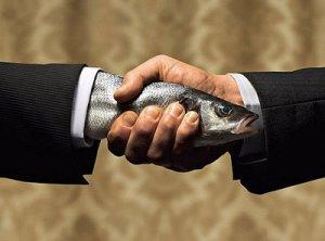fish-handshake_0